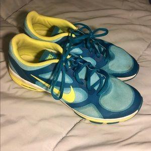 Nike Dual Fusion TR Shoes